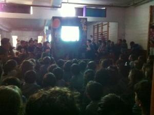 Los alumnos de 1º ESO han realizado un teatro de sombras Chinas para representar a Infantil, 1º y 2º de Primaria.