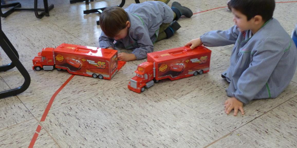 Compartiendo los juguetes