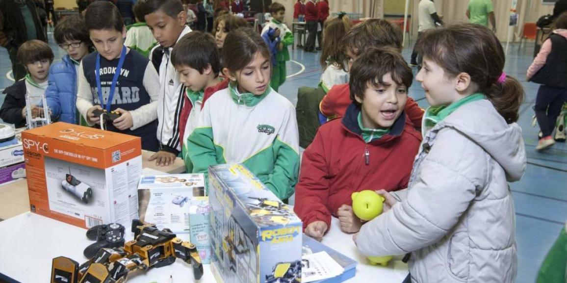 Fotos: Feria de la ciencia en la UC